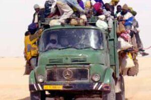 Viaggio coi migranti sui pick up stracolmi attraverso il Sahara
